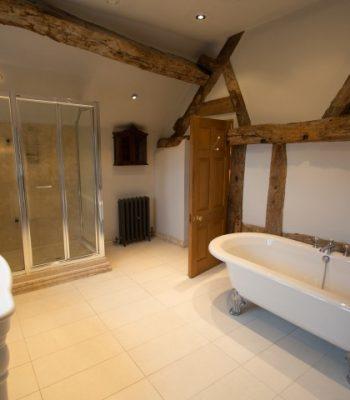 merrydale-manor-autumn-bedroom-7